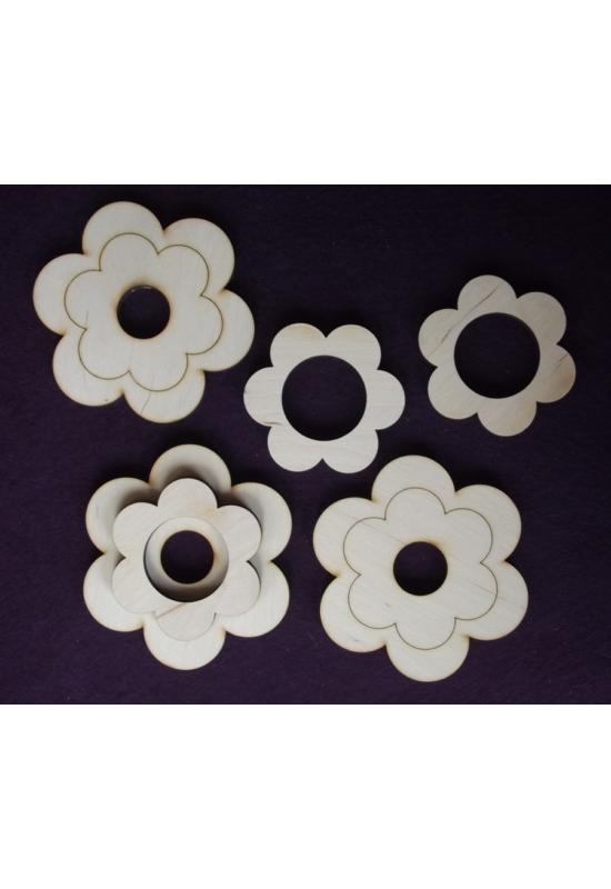 Virág alakú mécsestartó