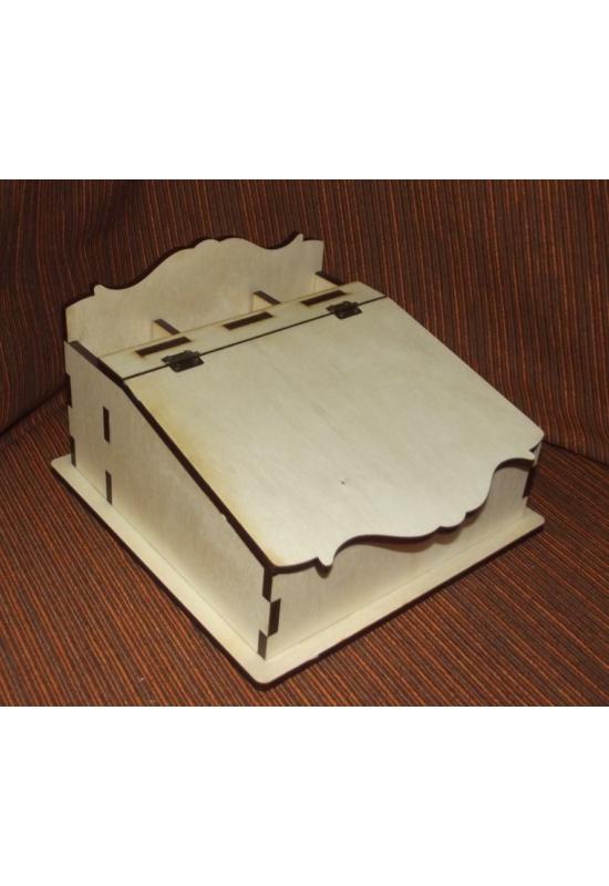 Ferde tetejű doboz ceruza tartóval 20x20x12,5 cm 6 mm vastag