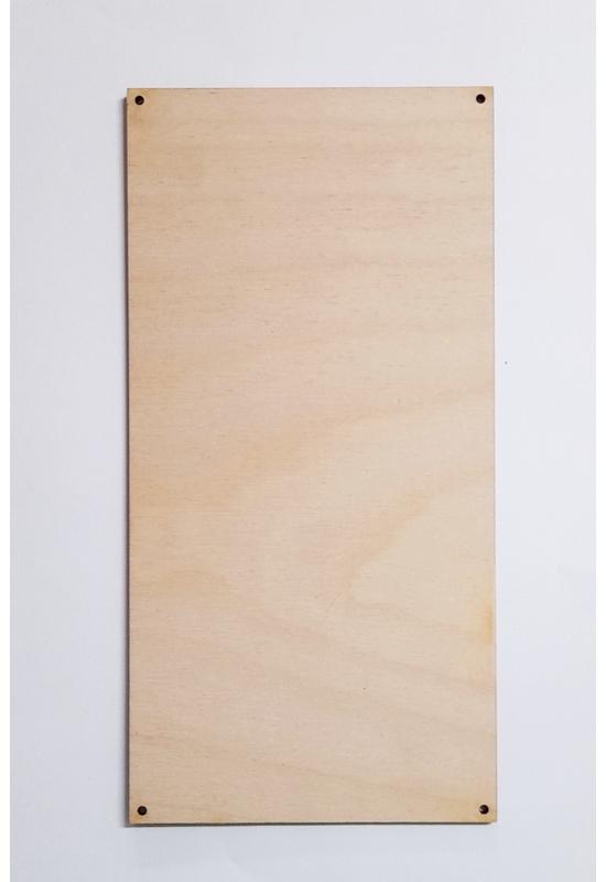 Téglalap alakú falapok sarkainál  lyukkal több méretben 6 mm vastag